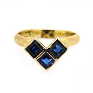 3 sapphire ring
