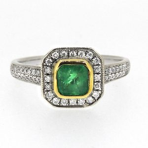 18ct Diamond and Emerald ring