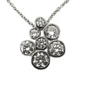 Diamond cluster necklace 2