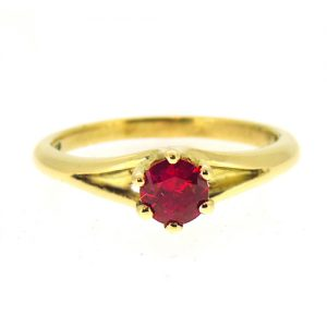 18ct ruby engagement ring